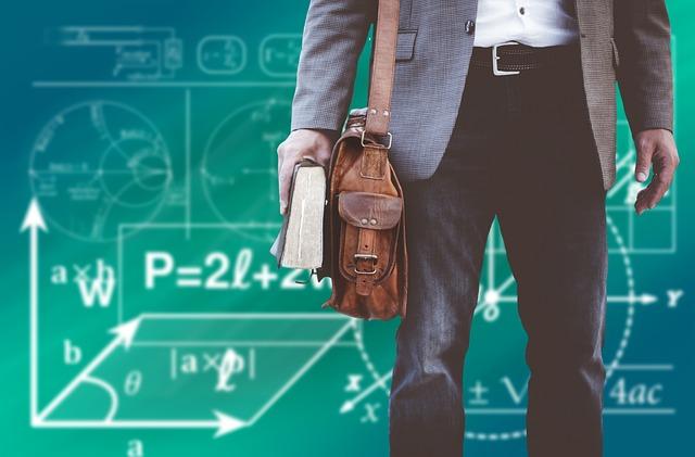 učitel s taškou.jpg