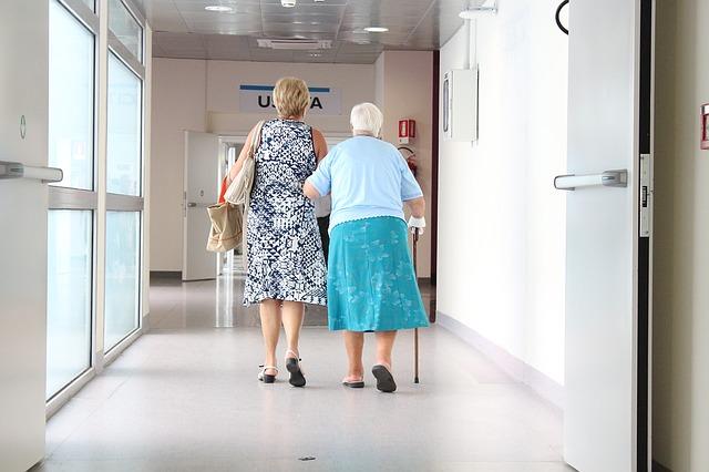 chodba v nemocnici