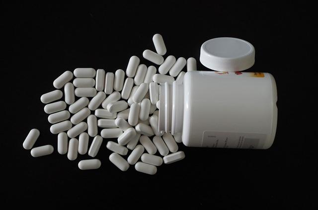 vysypané tabletky